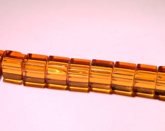 translucent glass - 8 mm amber claire-PG137 cube 20 beads