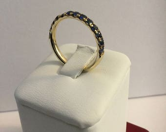 14 K Yellow gold blue sapphire ring