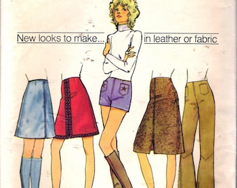 """Vintage 1971 Simplicity 9628 Retro Skirt in Two Lengths & Hip Hugger Pants or Short Shorts Sewing Pattern Size 8 Waist 23"""""""
