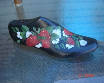 Vintage Hand Painted Wood Shoe Form - Cottage Chic