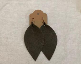 olive green (XL) Leather leaf earrings