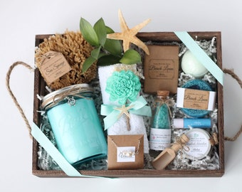 Candles and Bath spa gift// Mothers Day gift// Birthday Gift