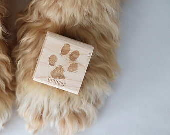 Pet Paw Print Stamp, Custom Paw Stamp, Pet Christmas Rubber Stamp, Christmas Stamp, Dog Paw Stamp, Cat Paw Stamp, Personalized Pet Stamp