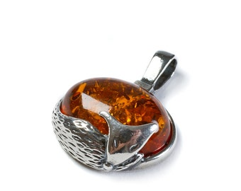Henryka Cognac Amber & Silver Fox Necklace