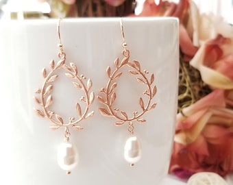 Rose Gold Pearl Earrings, Laurel wreath Dangle Earrings Pearl Wedding Bridal Earrings Bridesmaid Earrings Bridesmaid party Gifts