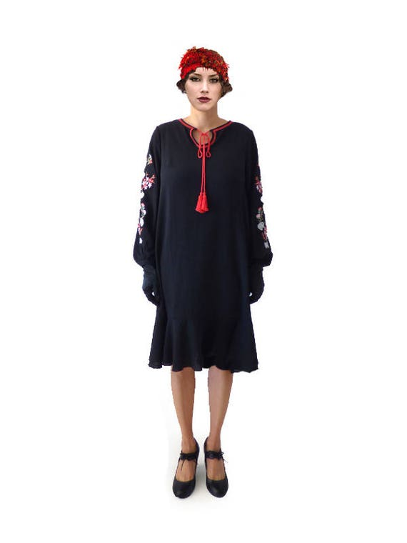 1920s Day Dresses, Tea Dresses, Mature Dresses with Sleeves Retro Black Lace Embroidery Flapper Dress $71.20 AT vintagedancer.com