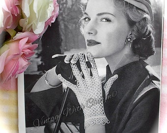 Vintage 1950s Tatting Pattern Copy For Exquisite Gloves With Tatted Backs