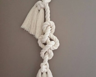 Eternity rope knot