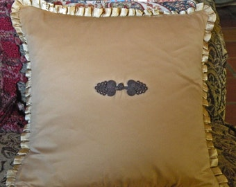 Square Pillow Gold with Pleated edge