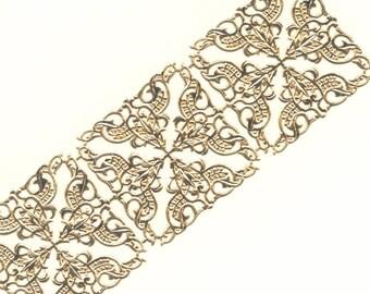 Vintage / Dresden Trim Corners / Gold Foil / One Sheet / Gold Foil / Easter