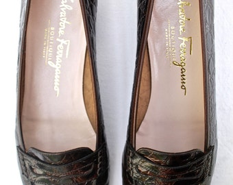 Ferragamo Women's Penny Loafers/Brown Printed Leather Penny Loafers/1970s Women's Shoes/Size 7-1/2 AAA Women's Shoes
