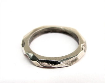 geometric faceted silver ring, modern silver band