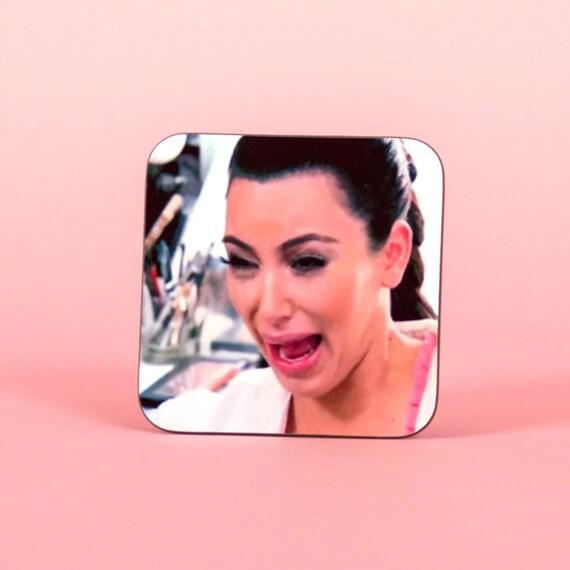Kim Kardashian funny crying face coaster - Funny coaster 2S001