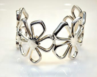 Sterling Silver Flower Design Tiffanny Cuff Bracelet