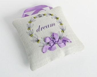 Dream door hanger, bedroom sign, hanging door sign, baby's room decor, embroidered sign, inspirational word, wall hanging