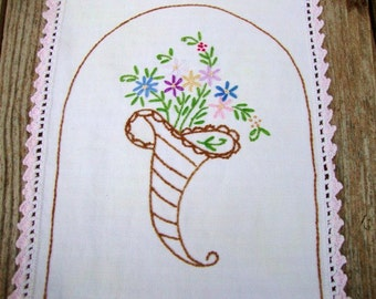 Dresser Scarf with Embroidered Cone of Flowers and Crocheted Trim, Rectangular Doily, Vintage Doily, Vintage Linens, Vintage Doilies