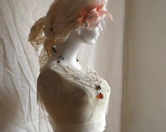 Böhmische Perlen hochzeitshalskette mit Kristallen und Vintage-Perlen. Vintage Hochzeit. Handwerker, die Hochzeit.