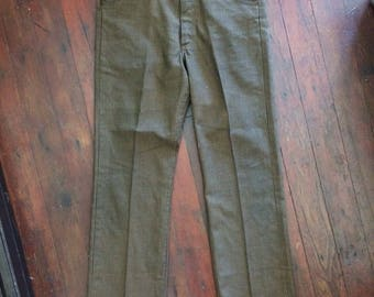 Amazing vintage 1970's checkered mens/womens Lee brand pants. Size 34