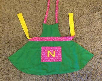 Reversible Kid Apron with pocket