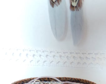 Earrings feather and leather bracelet with charm