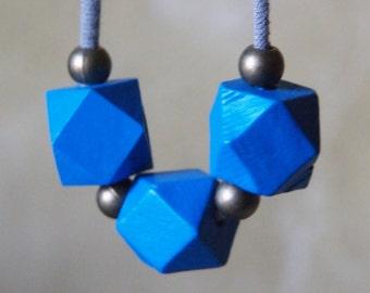 minimalist cobalt sapphire royal blue necklace // geometric // modern // polygon // wood