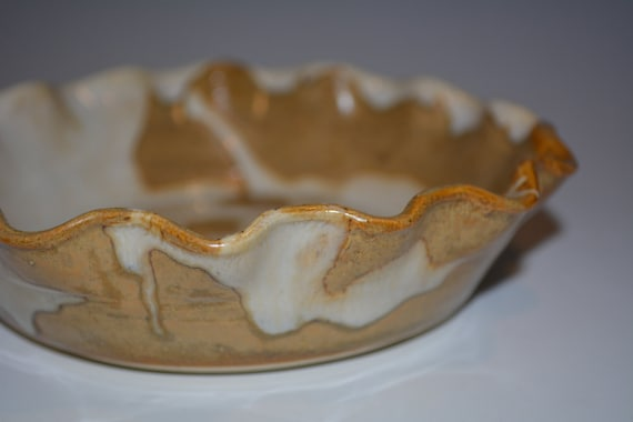Ceramic Pie Plate Pottery Pie Plate Ceramics and Pottery Pie Pan Small Pie Dish White and Gold Pottery Handmade from nhfinestoneware on Etsy Studio : small pie plate - pezcame.com