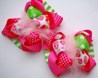 boutique ITSY-BITSY STRAWBERRYgirl set of two hair bow clips