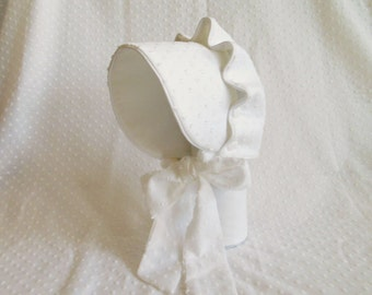 Baby Sun Bonnet Button Bonnet - White Swiss Dot