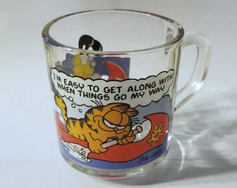 Vintage 1978 McDonald's Garfield Rowing Etched Glass Mug