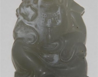 Very Beautiful Vintage Chinese Hand Carved Jade Kwan-Yin Statue