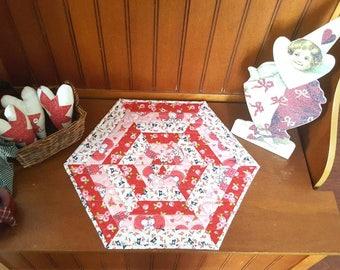 Kewpie Valentine's Day Hexagon Tabletopper