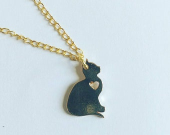Love necklace of golden cat