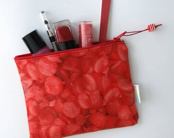 Pouch clutch makeup pattern strawberries