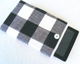 """Quilted Kindle DX Cover, Kindle DX White Cover, Padded Kindle DX Sleeve, Black and White Buffalo Plaid Tablet Cover, 11 1/4"""" x 7 3/4"""""""