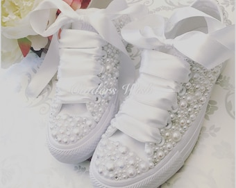 Luxury all white Converse pearl sparklers / White All over converse / Bridal converse / Wedding converse / Pearl converse