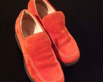 Hush Puppies/Sweden Orange/women/Loafer/Slip-on/shoe without laces/Size 7.5