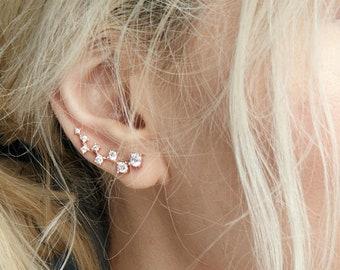Gold Ear crawler, dainty Ear climber, tiny ear crawler, Minimalist earrings, ear climber earrings, ear crawlers earrings, dainty earrings