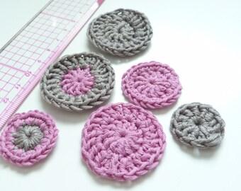 Set of 6 appliques crochet pink gray tone