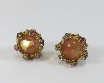 Brown Peach Thermoset Moonglow Clip On Earrings, Approx 1950s Chunky Peachy Moonglow Effect Unusual Crystal Rhinestone Clip On Earrings