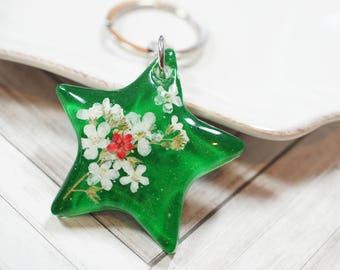 Forget Me Not Flower Star shaped Resin Keychain/ key holder/ charm - red, green, white, holiday, christmas gift, under 15 gift