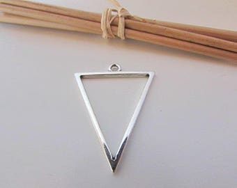 4 charm triangle 35 x 27 mm sterling silver - 2 mm hole - 27.22