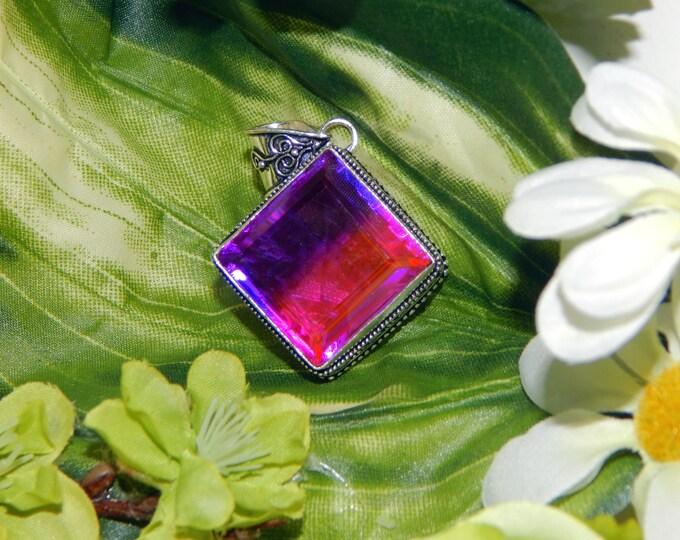 Mystical Valkyrie inspired vessel - Handcrafted Bi-color faceted Quartz pendant necklace