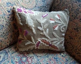 Primitive Crewel Porch Pillow