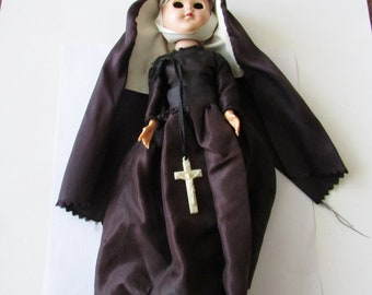 Vintage Plastic Nun Doll to Refurbish or Repurpose