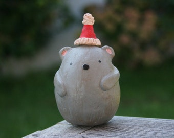 Holly the holiday mouse