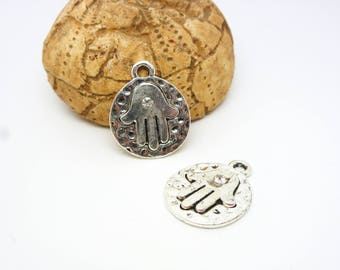 2 ethnic charms hand of Fatima with Rhinestones 20 * 16mm round hammered old silver (8SBA85)