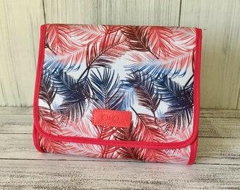 Kauai Travel Clutch ~ Monogram ~ Personalized ~ Mother's Day Gift ~ Teacher's Gift ~ Perfect Gift ~ Bridesmaid Gift ~ Honeymoon ~ Diaper Bag