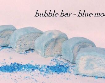 Bubble bar