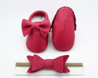 Baby Moccasins, Baby Hot Pink Bow Moccasins, Baby Leather Shoes, Genuine Leather Moccs, Toddler Moccasins, Baby Moccs, Baby Shower Gift