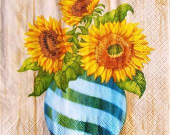 TOWEL in paper sunflowers in vase #F084
